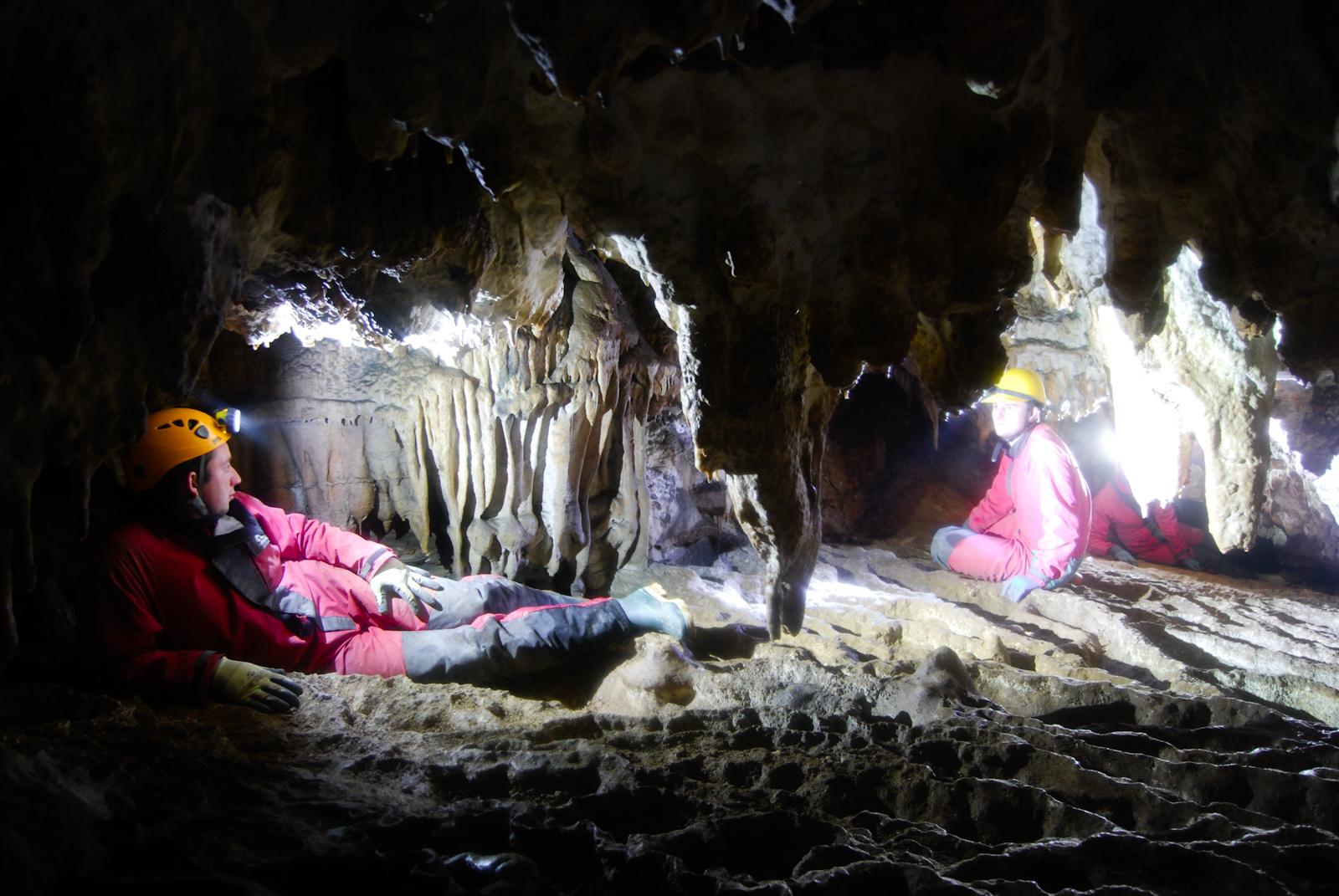 stalactite si gururi
